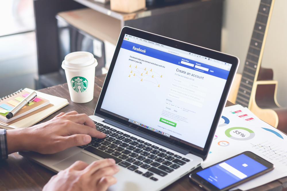 22 Facebook Groups for Writers You Don't Want to Miss